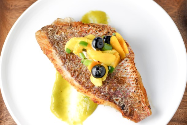 Snapper Fillet with Spicy Mango Sauce by Diverse Dinners