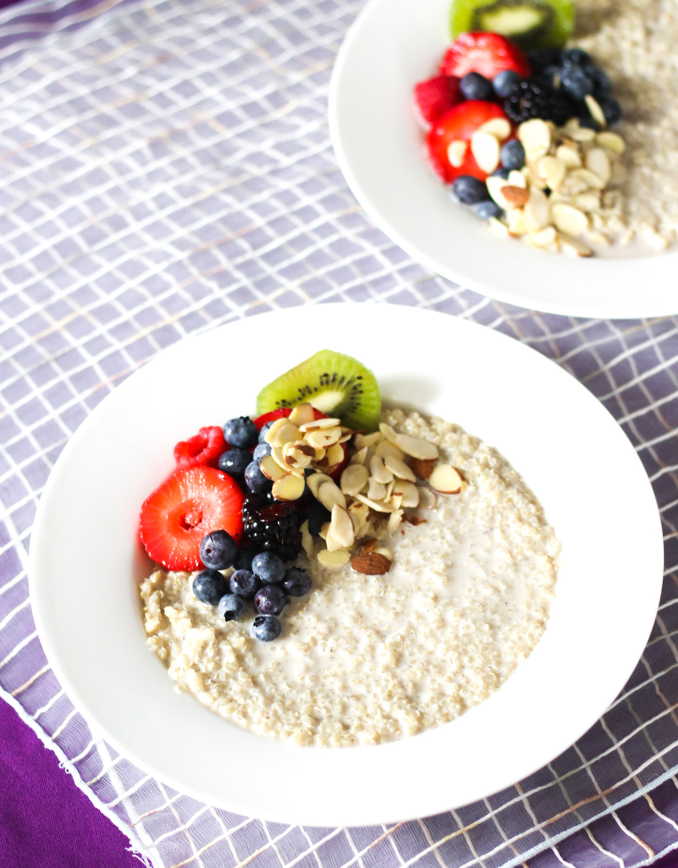 Fruit and Nut Quinoa Breakfast Bowl | DIVERSE DINNERS