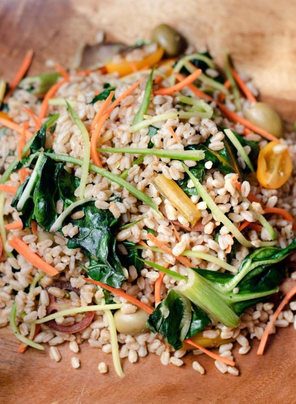 Mediterranean Farro Salad by Diverse Dinners