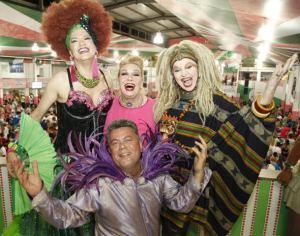 Sem medo de erra eu aposto que o frisson do carnaval gay deste ano será o baile Glan Gay, promovido pelo carnavalesco Milton Cunha