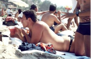 A cidade também sedia eventos como o Festival de Cinema e Diversidade Diva Puerto e o Vallarta Pride