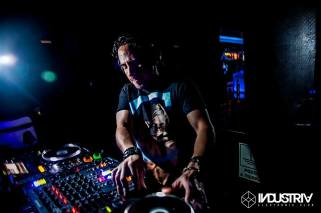 industria electronic club miraflores 08