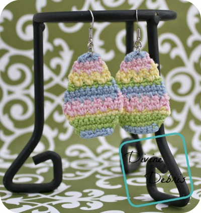 Crochet Easter Eggs pattern by DivineDebris.com