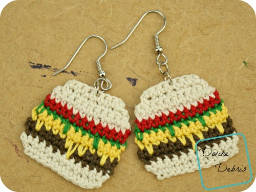 Anna Burger Bag, a free crochet earring pattern by DivineDebris.com