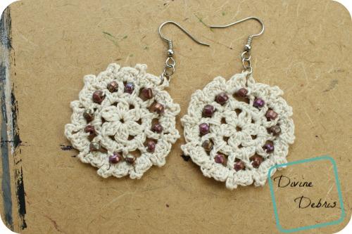 Carrie Earrings free crochet pattern by DivineDebris.com