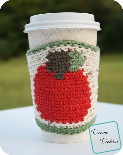 Apple for the Teacher? The Apple Mug Cozy crochet pattern