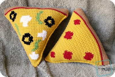 Pizza Amigurumi crochet patterns by DivineDebris.com