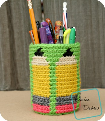 Dancing Pencils Cup crochet patter by DivineDebris.com