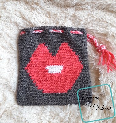 Give Us A Kiss! With the Big Kiss Bag Free Crochet Pattern