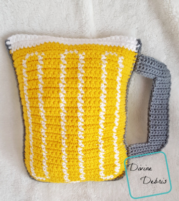 Mug of Beer Ami crochet pattern by Divine Debris