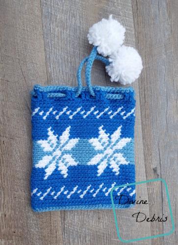 Dancing Snowflakes Drawstring Gift Bag free crochet pattern by DivineDebris.com