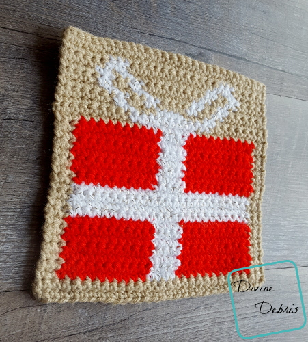 "8"" Tapestry Present Afghan Square free crochet pattern by DivineDebris.com"
