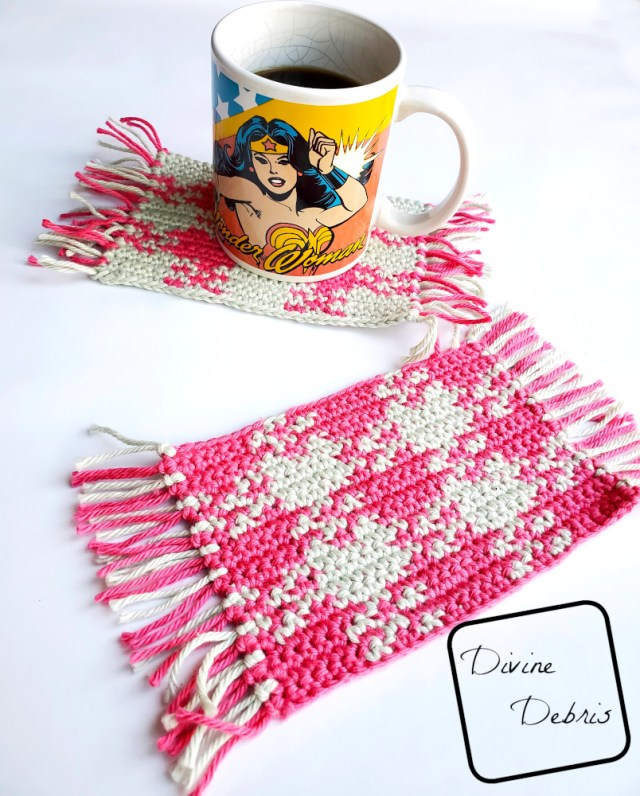 Learn to make the Pretty in Gingham Mug Rug, a fun and interesting tapestry crochet design, from a free crochet pattern by DivineDebris.com