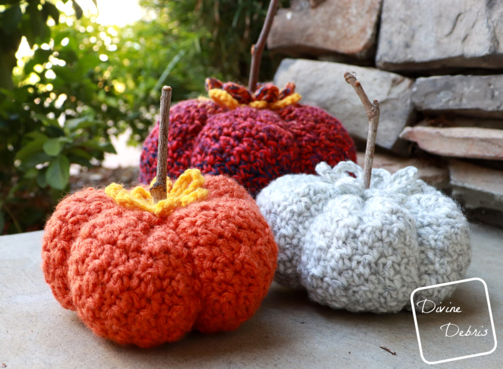 It's Fall Y'all, Let's Make the Crinkle Pumpkin free pattern