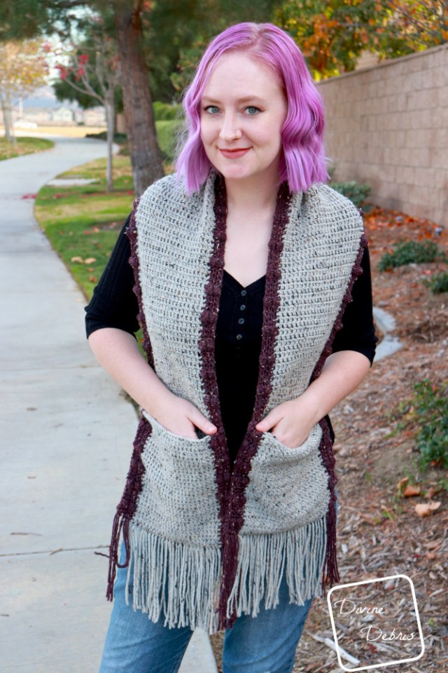 Bobbi Pocket Scarf free crochet pattern by DivineDebris.com