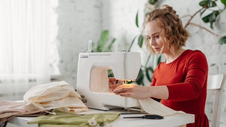 How To Become A Fashion Designer: Career, Courses, Salary