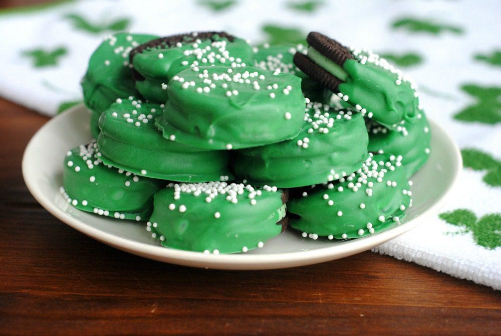 St Patricks Day Green Oreos 2