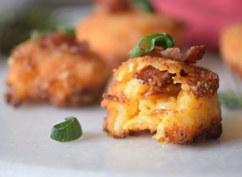 Bacon Fried Mac and Cheese Bites