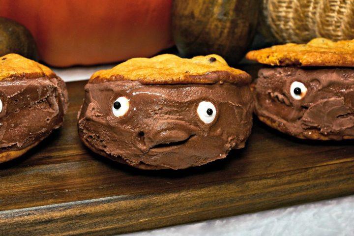 kroger-monster-ice-cream-sandwiches-finish5