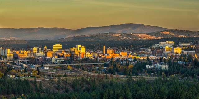 City Shot Landscape mountains CREDIT JAMES RICHMAN low31