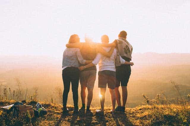 backlit dawn foggy friendship 697243