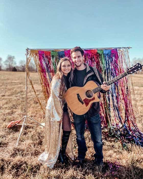 Rising Songstress Gracie Carol Releases Official Music Video for 'Lightning in the Bottle'