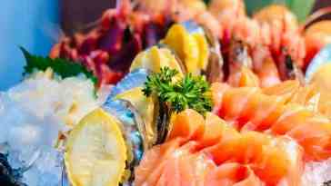 bowl of seafood on table 2871757