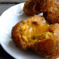 Cheese burst potato croquettes