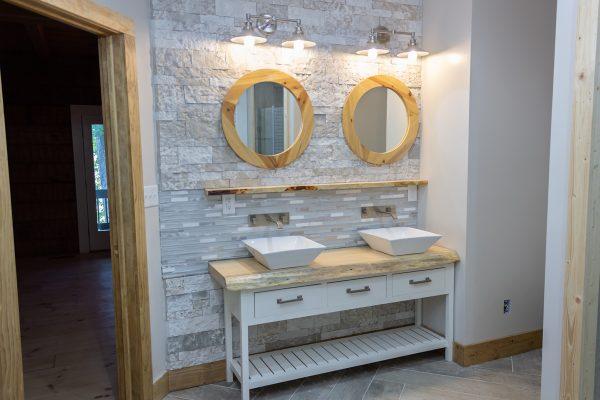 DBR-79_Master-Bathroom-Vanity_1555x1037