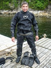 Blaise Barrette looking for Greenland sharks in Baie-Comeau, Québec. Photo © Jeffrey Gallant   Diving Almanac