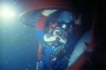 A diver exits the chamber during COMEX Hydra 8. Screenshot by COMEX (YouTube | Fair Use)