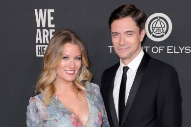Ashley Hinshaw Is Pregnant, Expecting Baby No. 2 With Topher Grace 1
