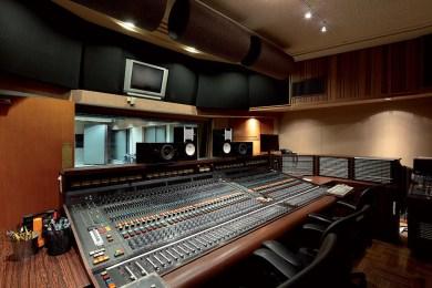 Advantages of Recording in a Professional Studio