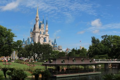 4 Tips for Booking a Disney World Vacation Package 1