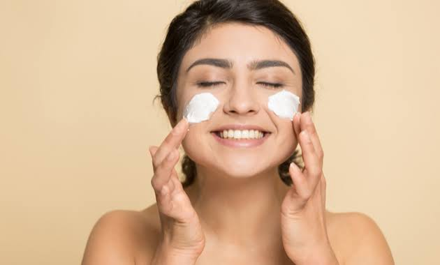 THE RIGHT STEPS FOR YOUR SKIN TO ADOPT NOW 2