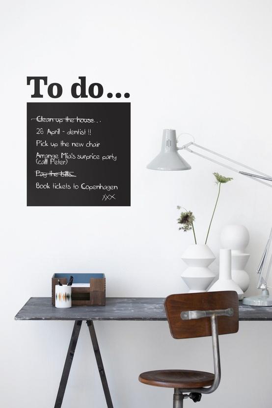 decorar con vinilo pizarra el escritorio