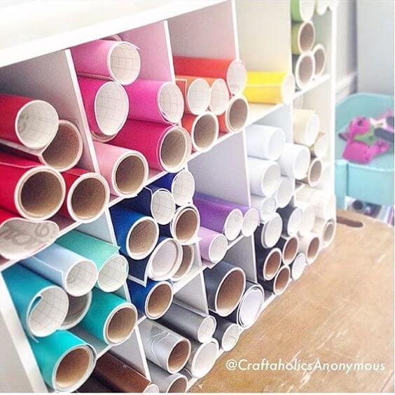 organizar vinilos en un mueble