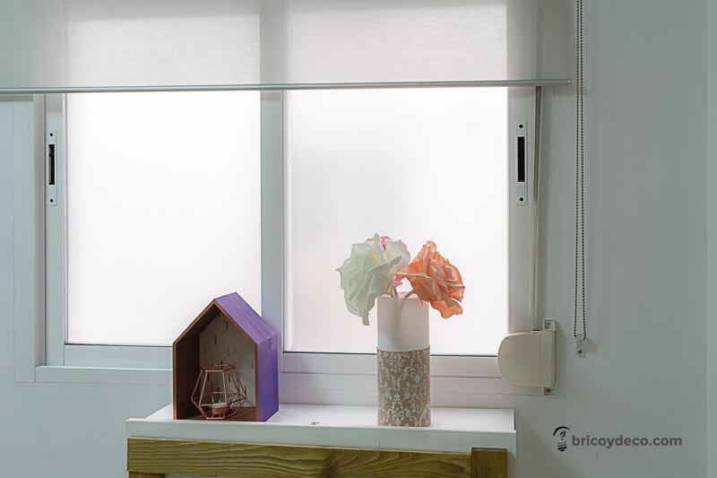 ventana con vinilo glaseado