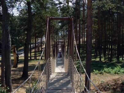 Дълъг въжен мост - атракция за всички възрасти!