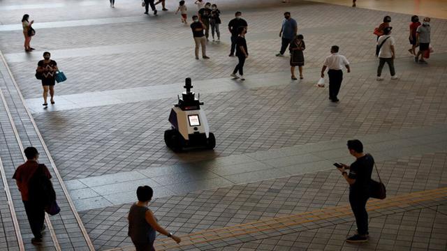 Este nuevo robot de Singapur patrulla las calles