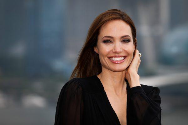 Второй муж джоли. Анджелина Джоли: биография, личная жизнь, семья, муж, дети — фото