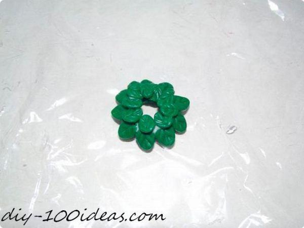 Polymer clay Christmas wreath earrings (8)