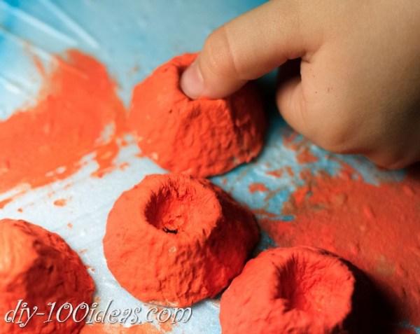 egg-carton-pumpkin-craft-10