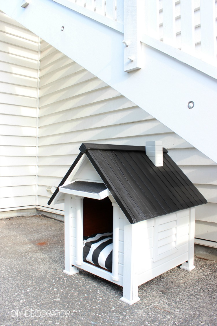 It's a dogs life DIY painted dog kennel