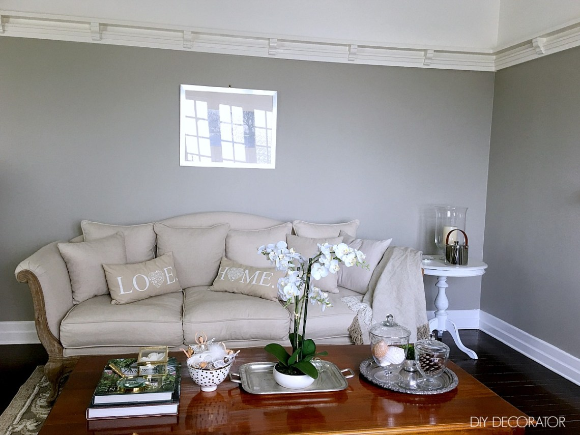 How to photograph your room to create a room decorating plan