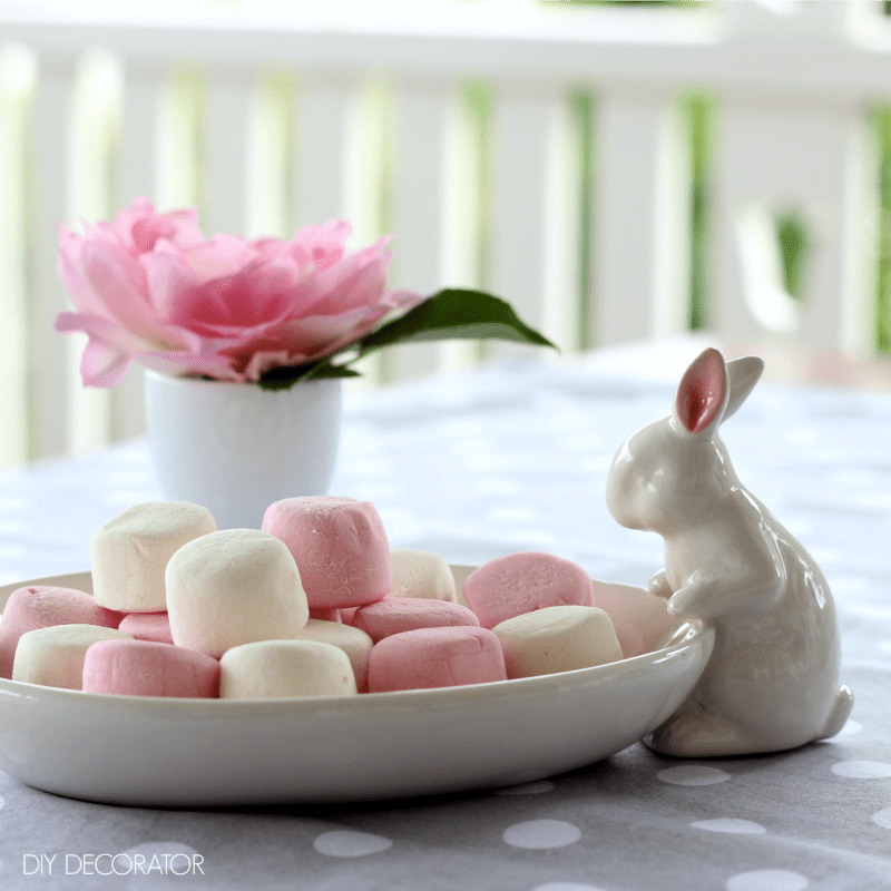 Cute Easter decorations - bunny marshmellows