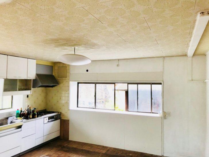 カーテンをつける前のキッチン