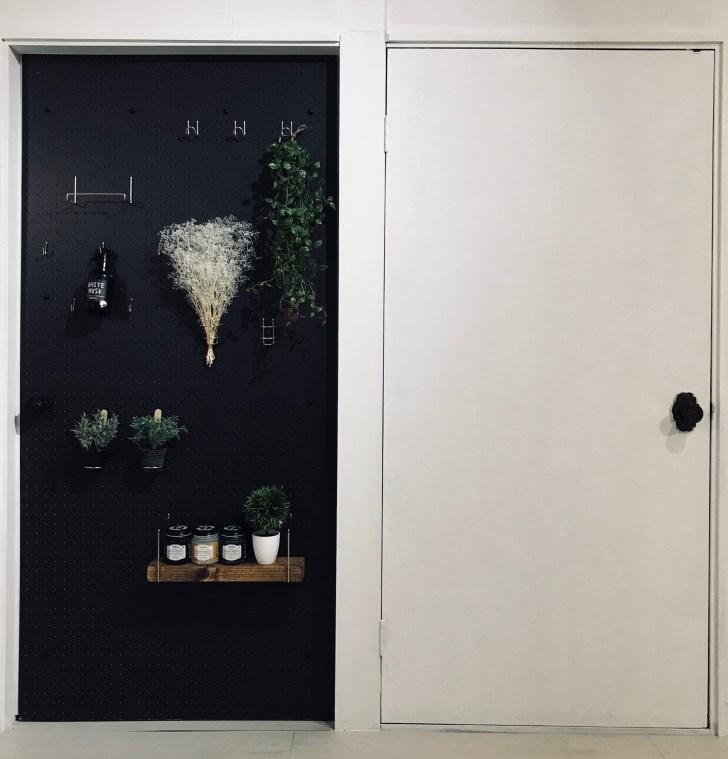 隠し扉を設置した後のドア