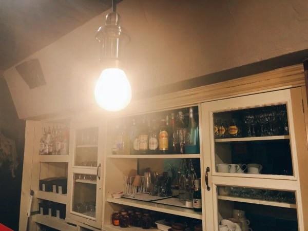 住吉の地下にあるカフェ『cafe&bar MALGOT』のカウンター席