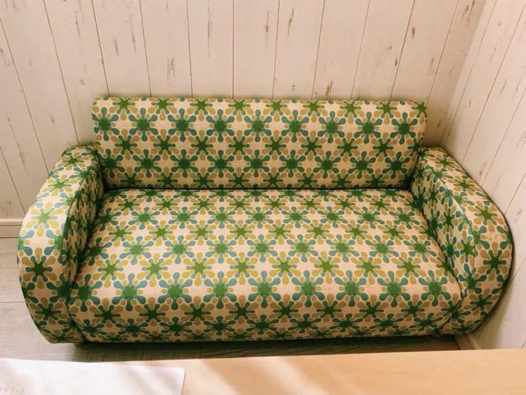 キッズロッジの小さいソファ